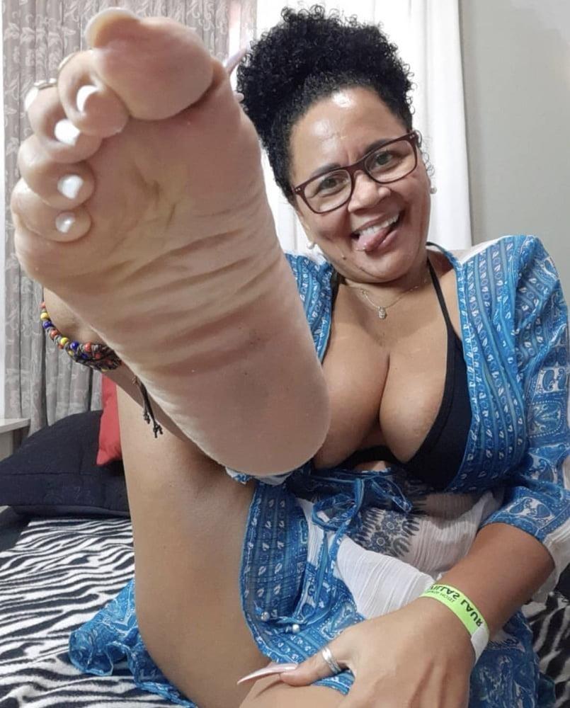 Milf toes porn-6652