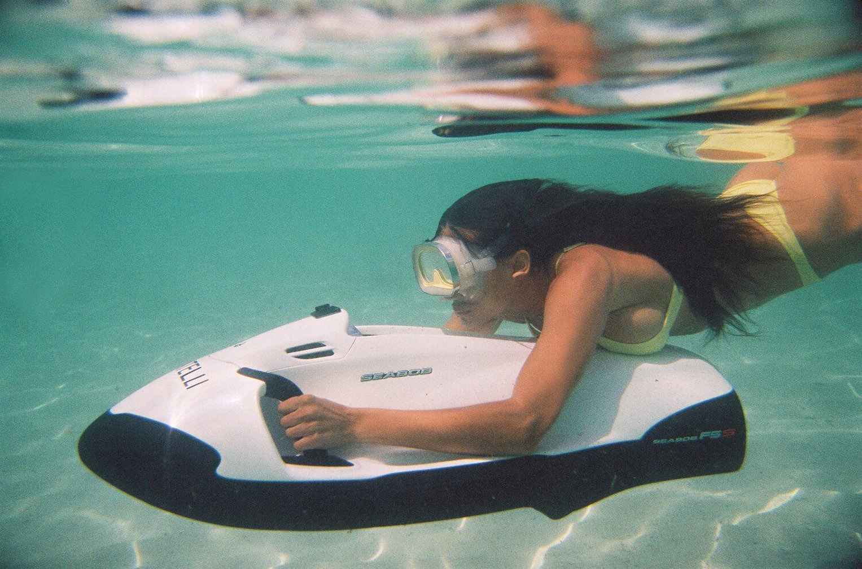 Келли Гейл в купальниках модного бренда Bamba Swimwear, лето 2020 / фото 14