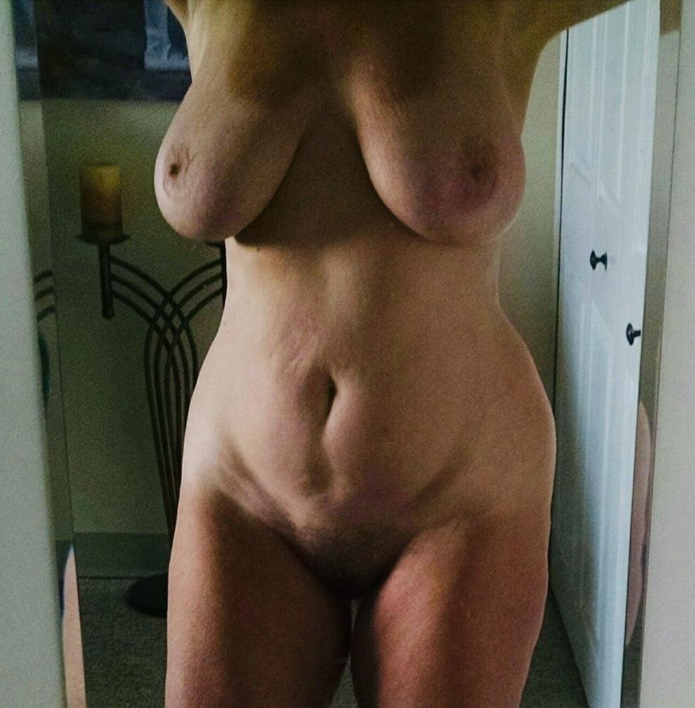 Mature naked milf-7081
