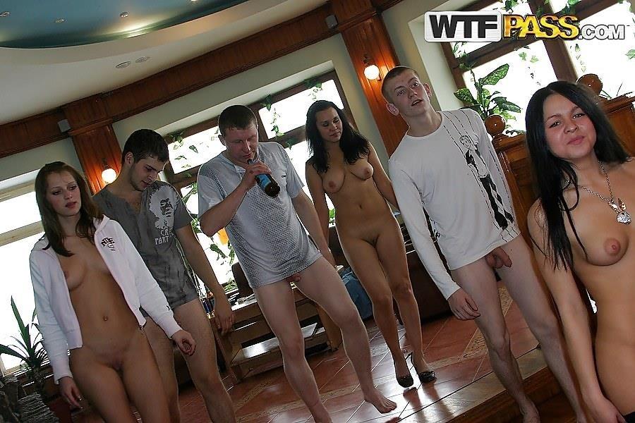 Hot adult games online-9443