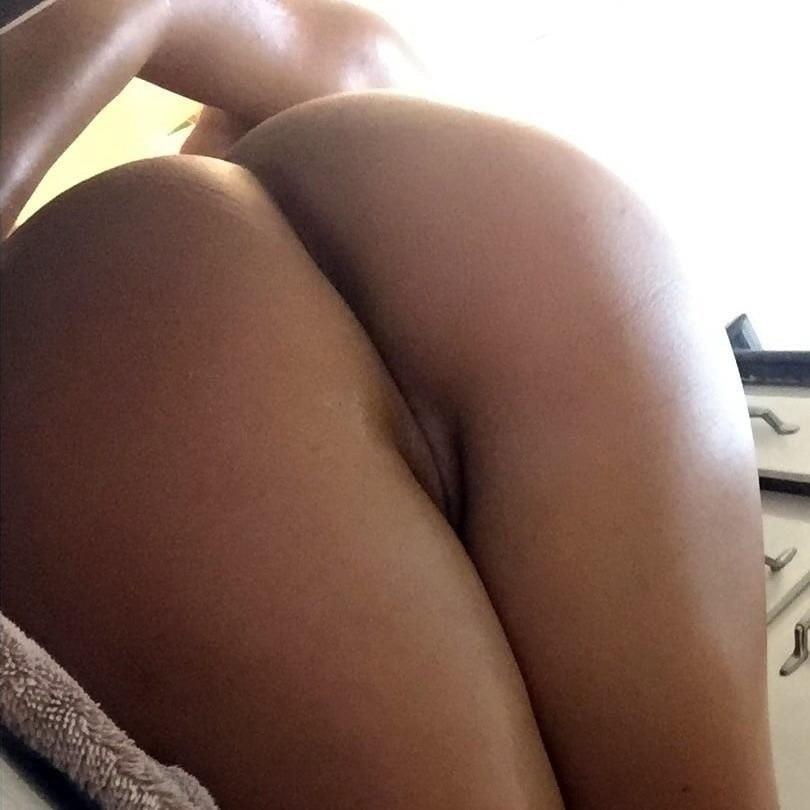 Curvy nude selfies-3831