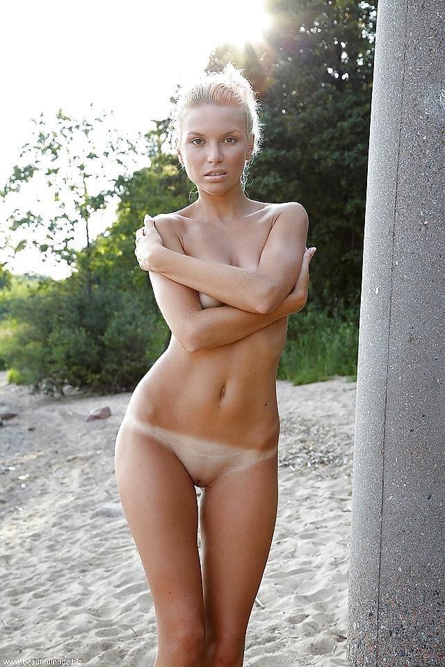 Free beautiful nude women photos-4520