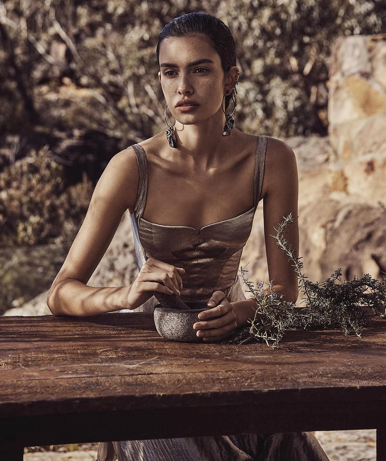 Zoe Barnard by Nicole Bentley - Vogue Australia november 2017