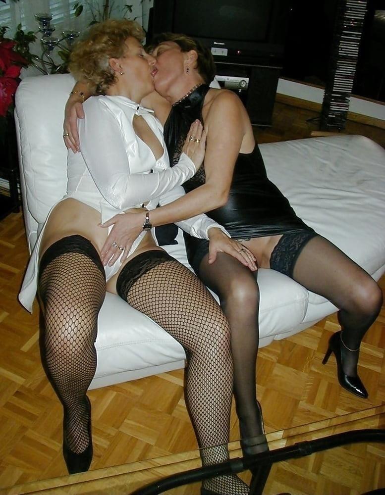 Hot girls smooching-7196