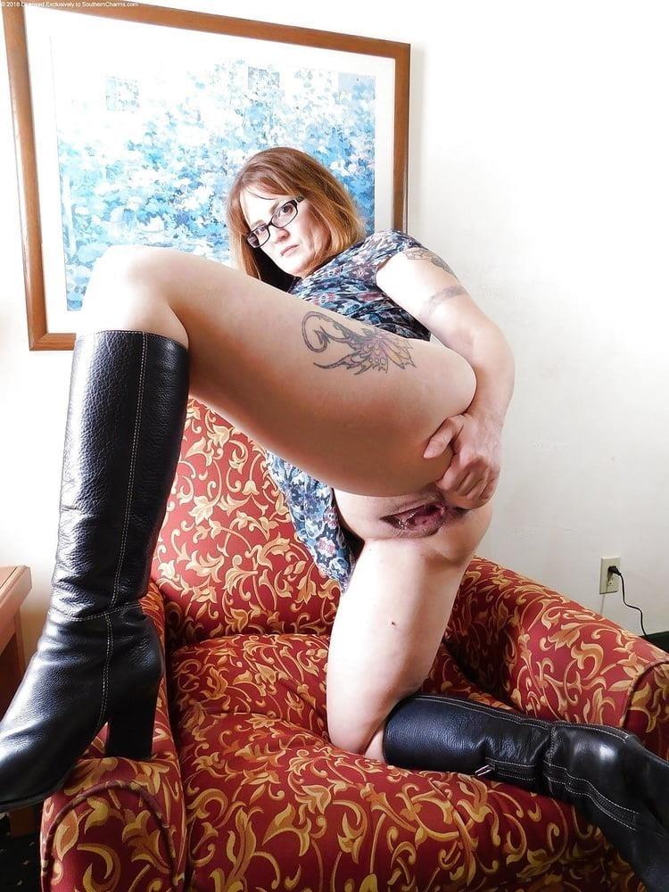 Free mature porn vid-9784