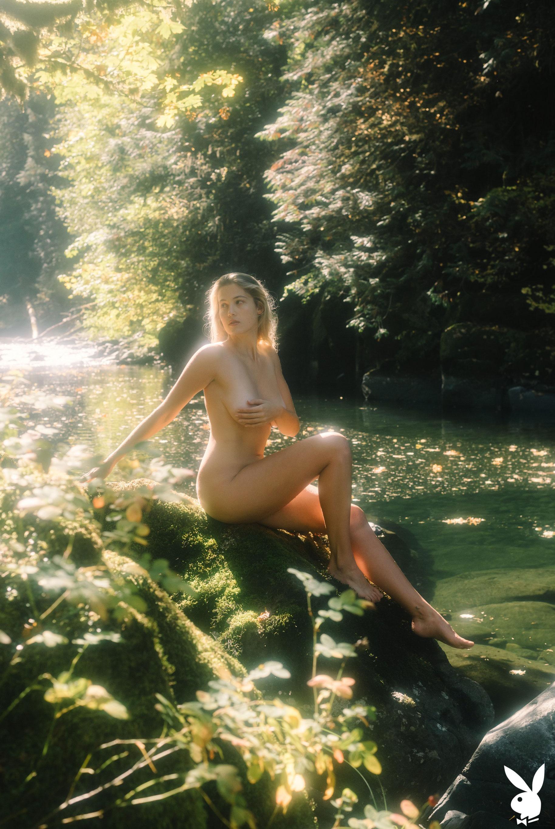 Меган Мур - Девушка месяца февраль 2019 Playboy США / фото 07