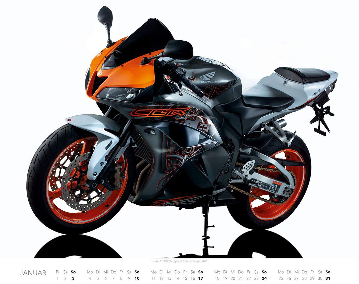 Календарь с крутыми мотоциклами на 2021 год / январь