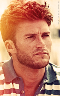Scott Eastwood AN0q7q8G_o