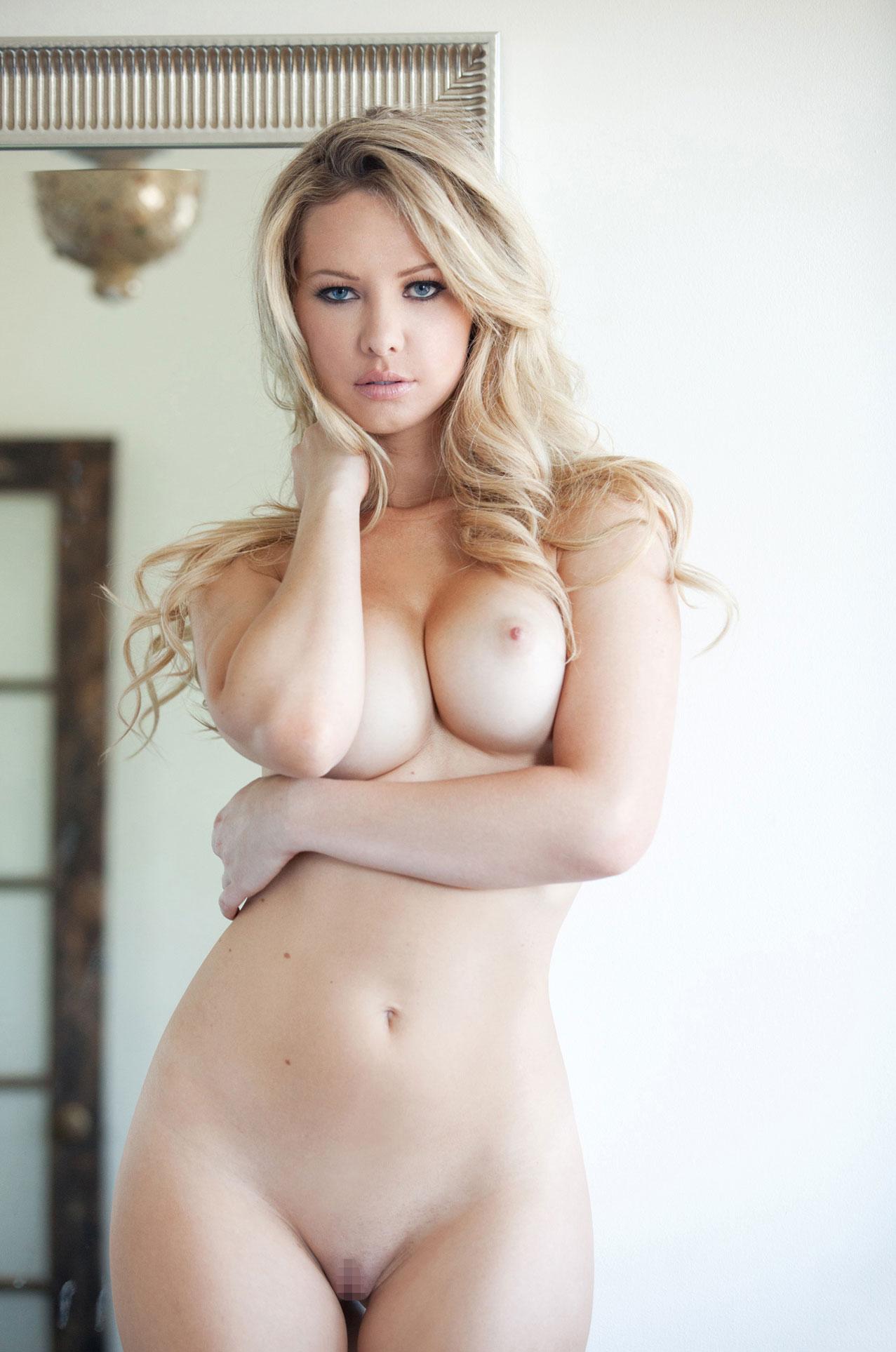 подборка фотографий сексуальных голых девушек - Tiffany Toth
