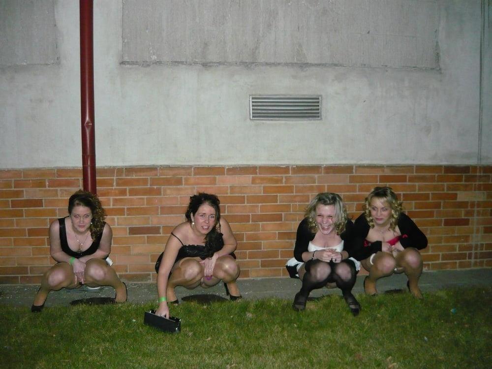Black girl peeing in public-3588
