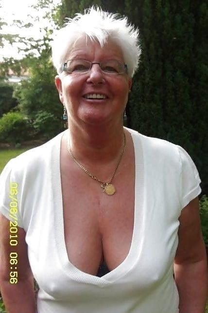 Busty granny porn pics-5312