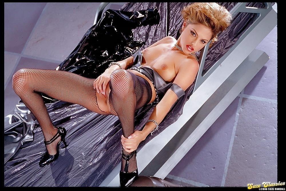 Hot naked babes porn-9903