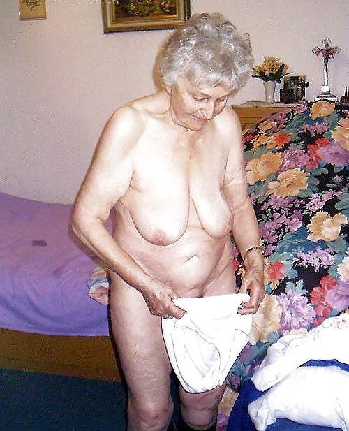 Older women nude beach-2330