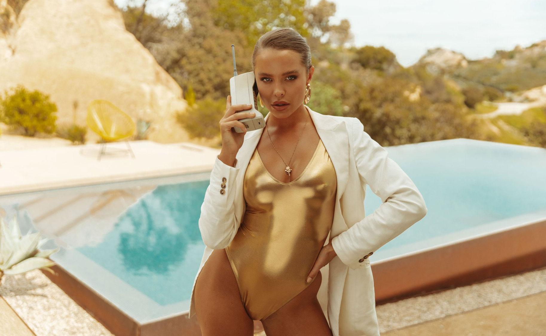 Мара Тиген в нижнем белье и купальниках модного бренда Gooseberry Intimates / фото 31