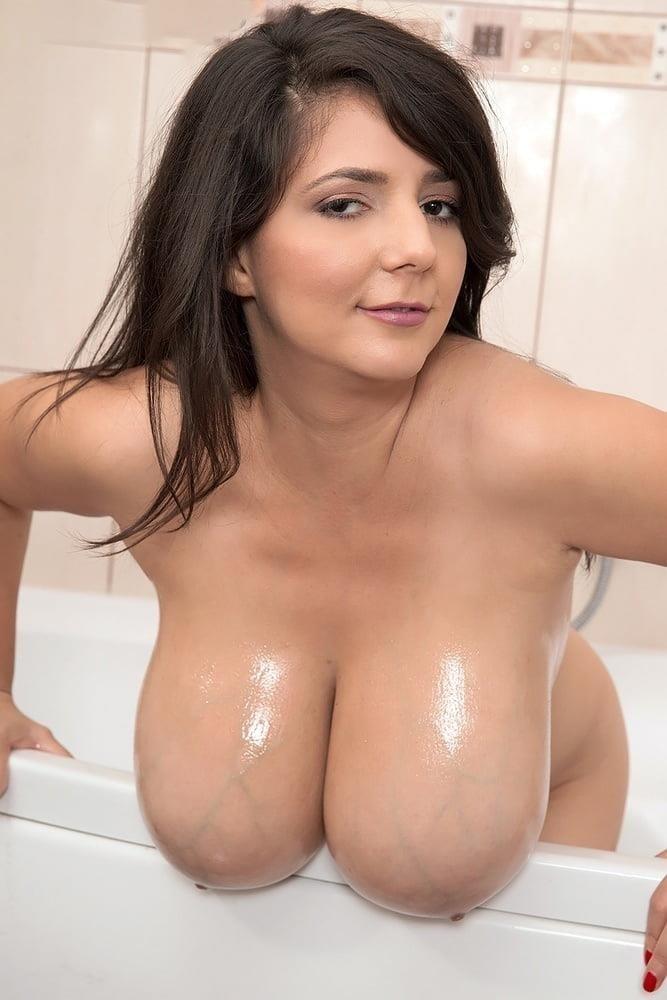 Milking milf tits-9723