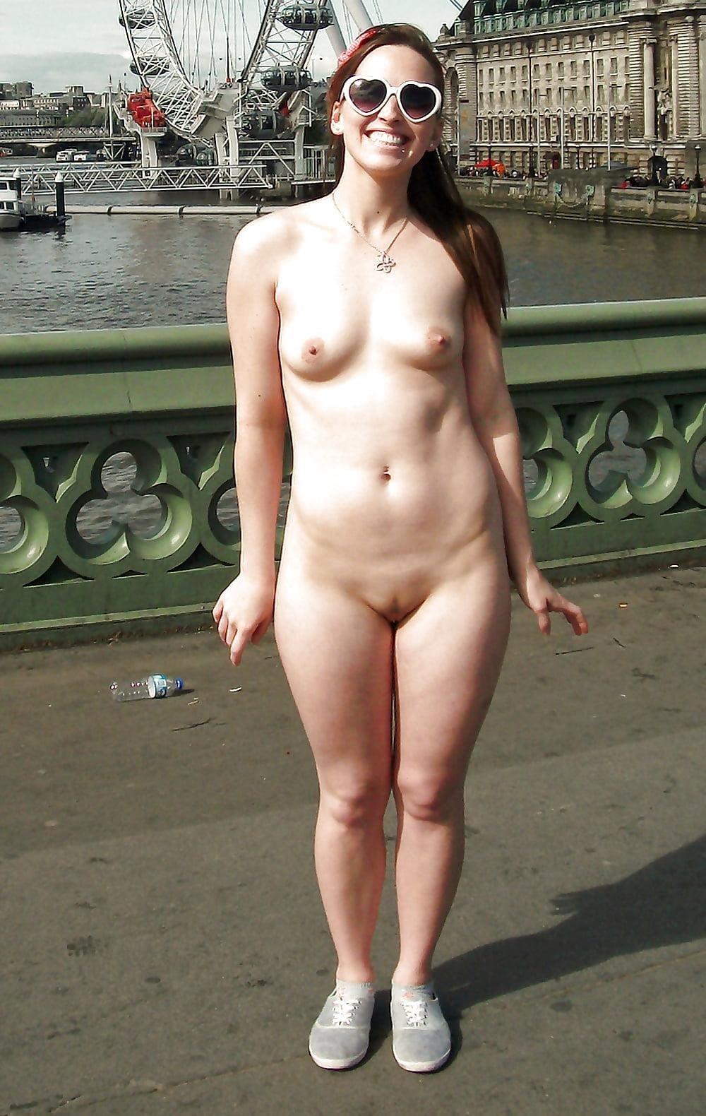 Girls peeing outside naked-9128