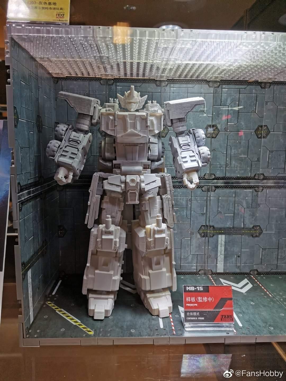 [FansHobby] Produit Tiers - Master Builder MB-15, MB-xx et MB-xx - aka Armada Optimus Prime, Jetfire et Overload E4uzYFoz_o