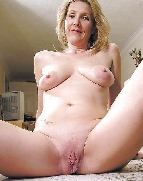 Free busty milf porn pics-6454