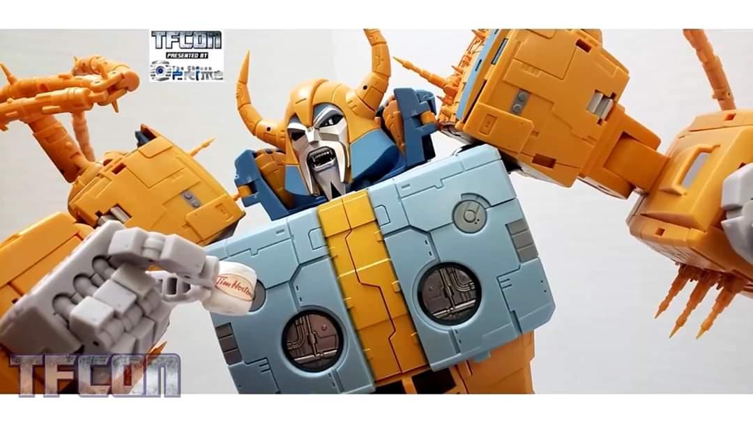 [Zeta Toys―01 Studio] Produit Tiers - ZV-02 Core Star―Cell - aka Unicron - Page 3 1drIpTny_o