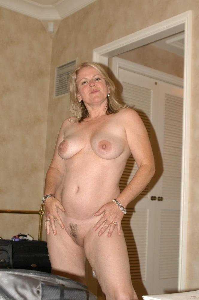 Free pics naked mature women-4771