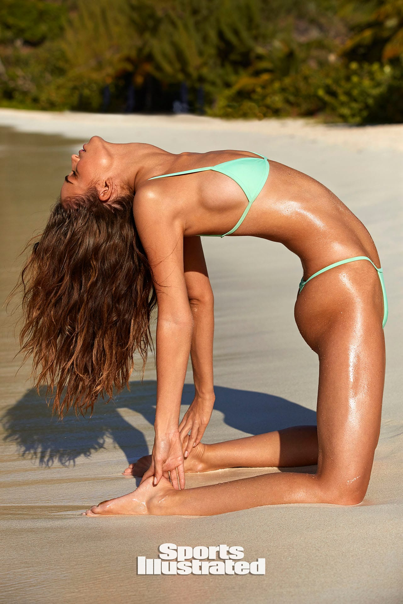 Робин Хольцкен в каталоге купальников Sports Illustrated Swimsuit 2020 / фото 17