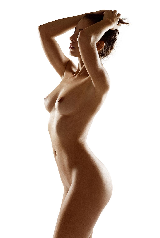 Голая модель Милунель, фотограф Бенджамин Вингриф / фото 07