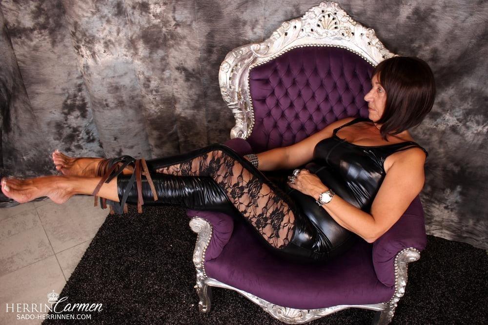 Arab foot mistress-5898