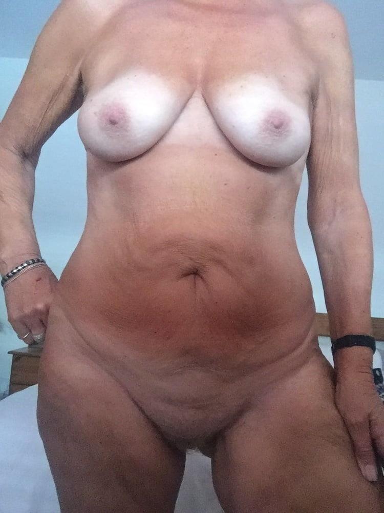 Mature sexy nude-8385