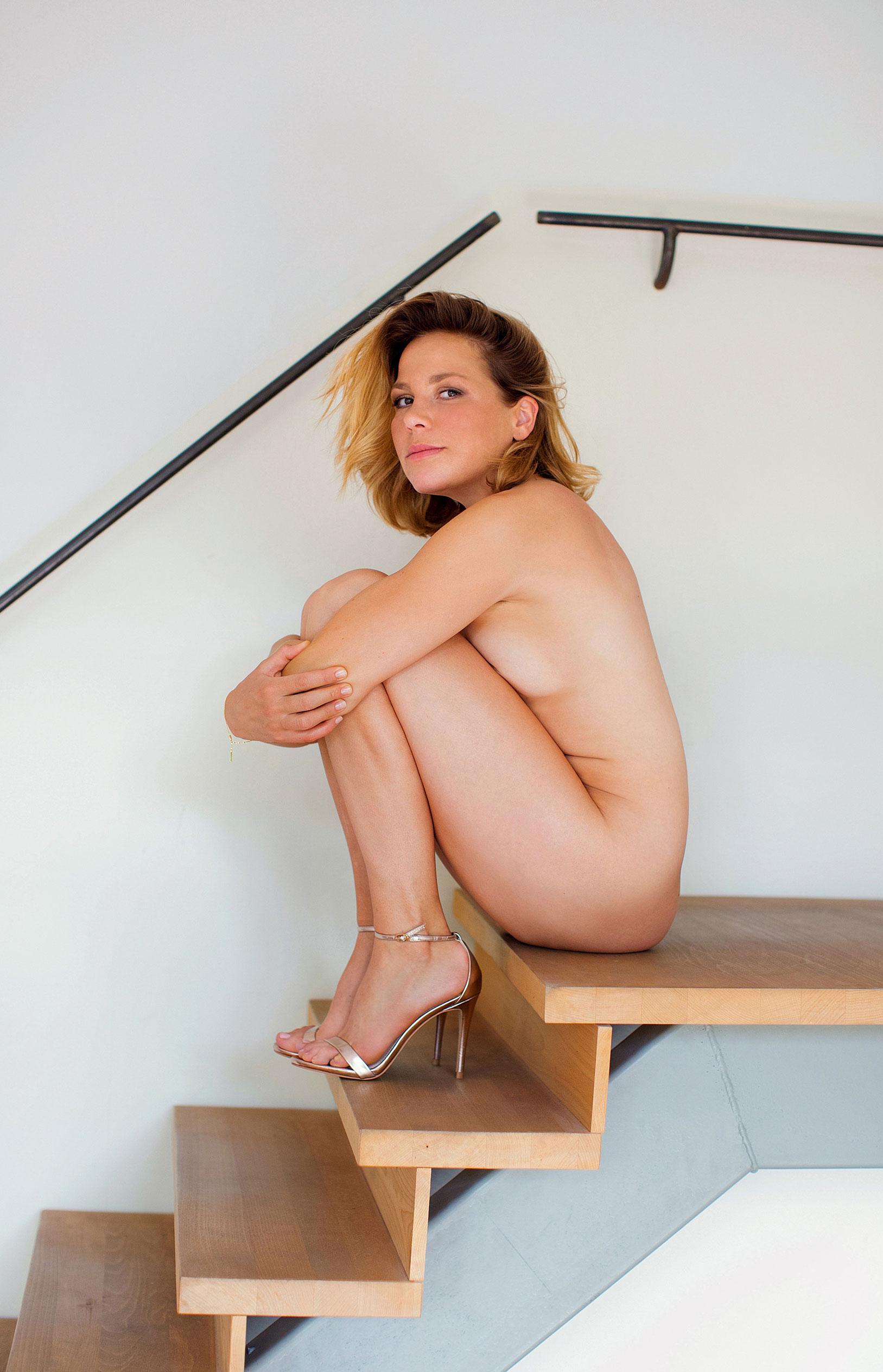 Актриса Франциска ван дер Хейде в журнале Playboy Германия, сентябрь 2020 / фото 08