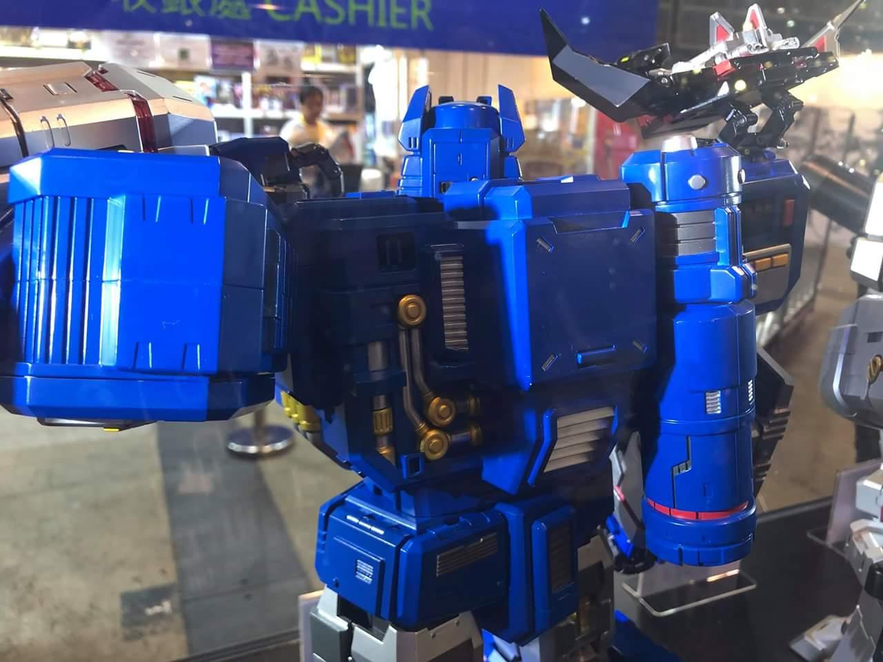 Figurines Transformers G1 (articulé, non transformable) ― Par 3A, Action Toys, Fewture, Toys Alliance, Sentinel, Kotobukiya, Kids Logic, Herocross, EX Gokin, etc - Page 6 Hl9BJUQo_o