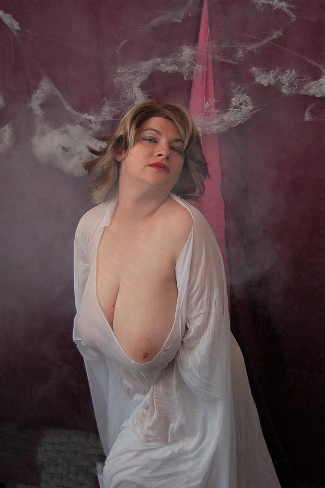 Big tit mature naked-5370