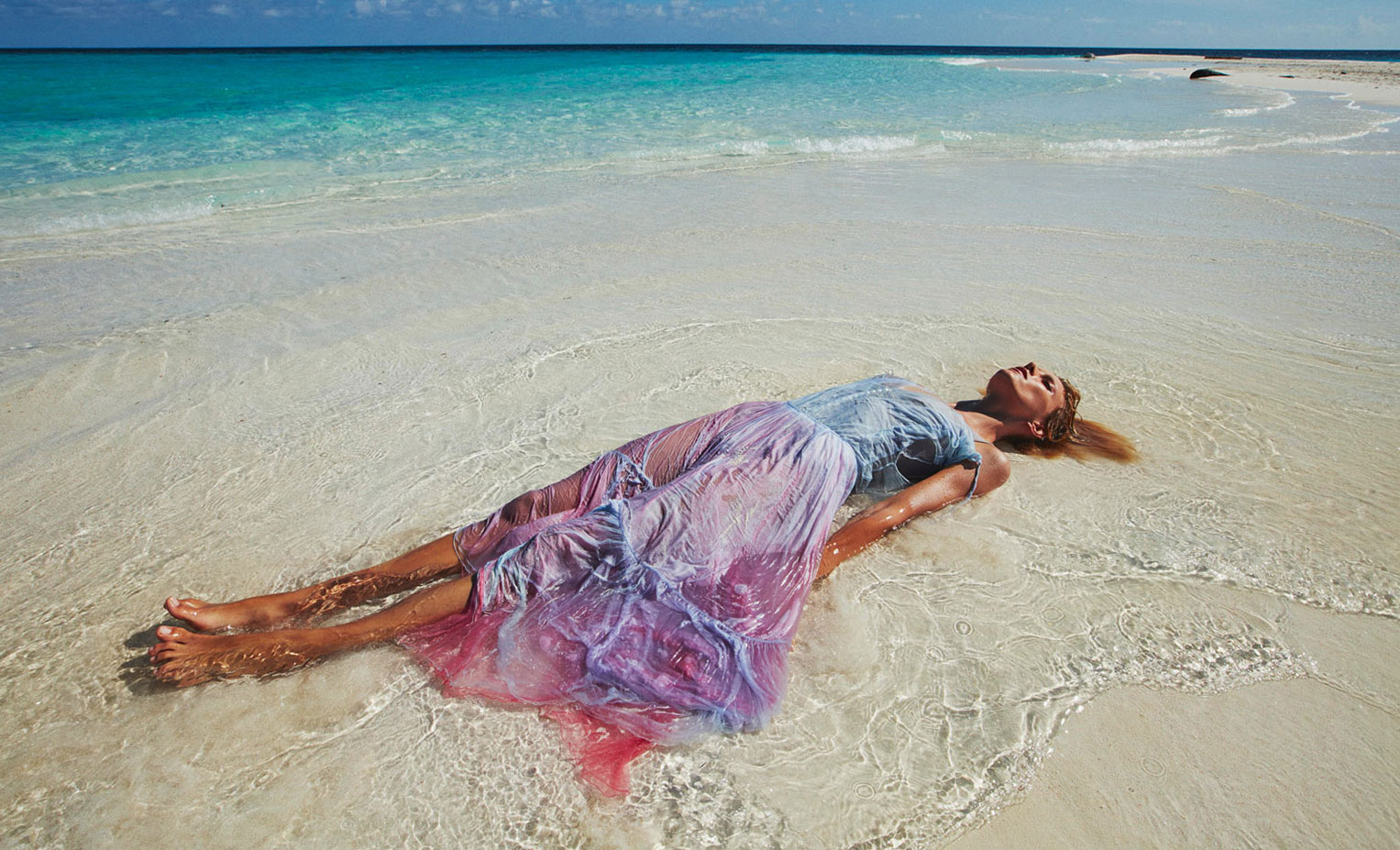 Into the Blue / Anja Rubik by Mario Sorrenti / Porter Summer Escape 2018