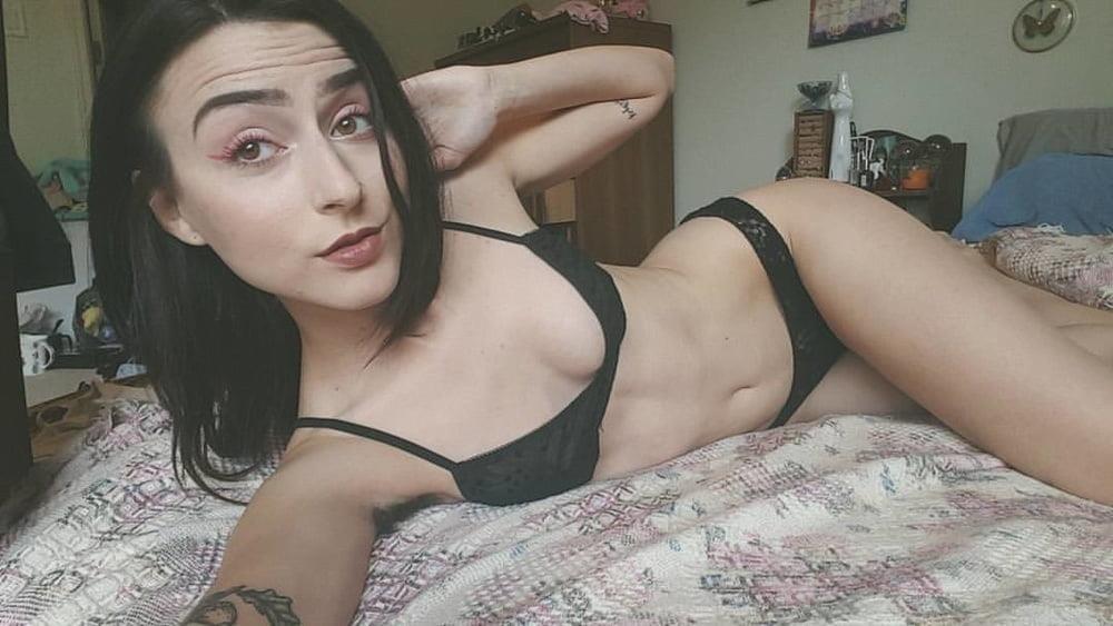 Sucking nude pics-4615