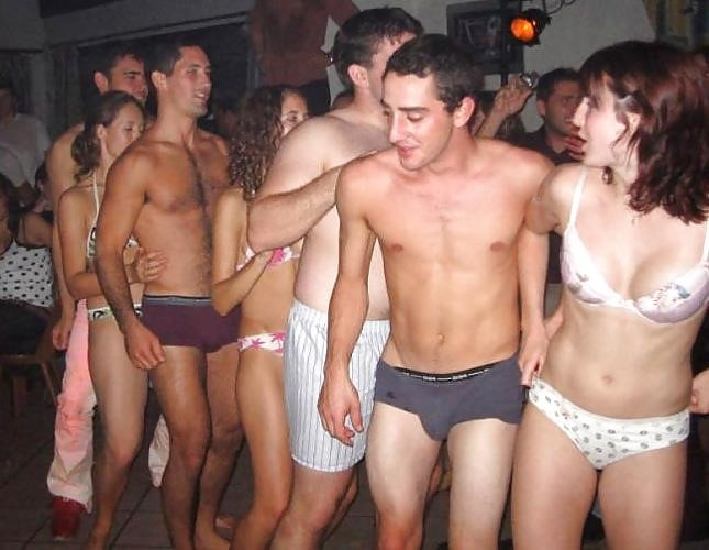 College party with sex-1322