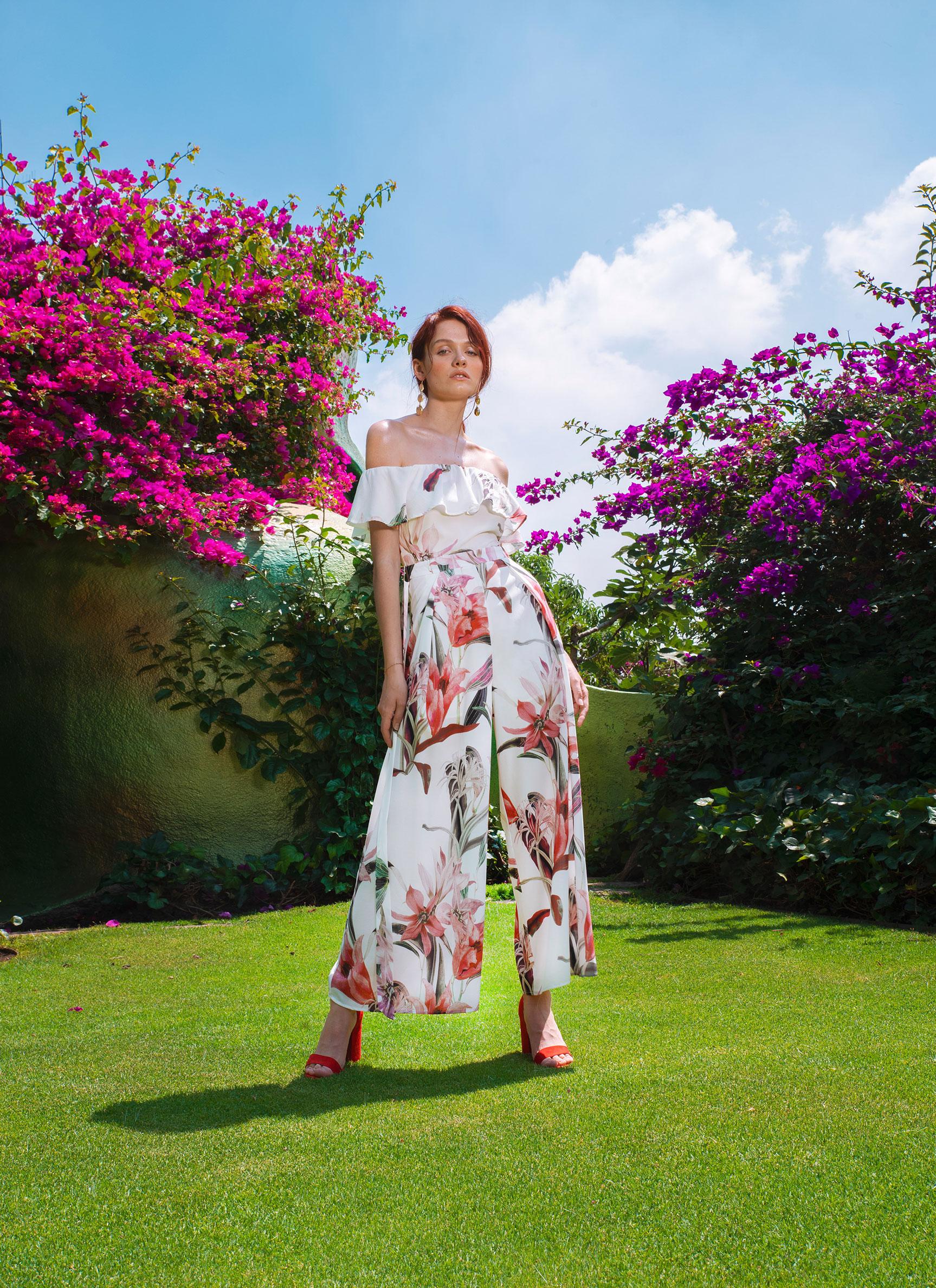 Модная одежда Turquoise, весна-лето 2019 / Anna Bertulite by Jvdas Berra
