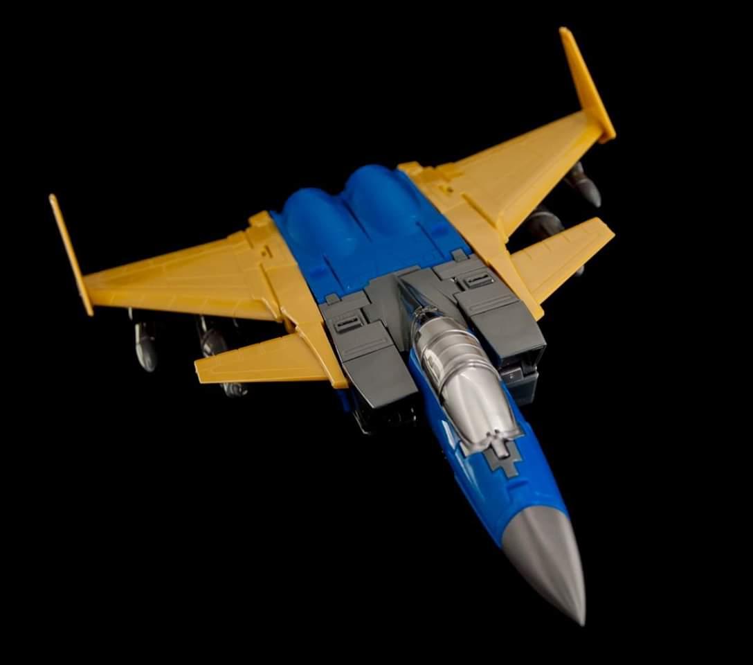 [Maketoys] Produit Tiers - Jouets MTRM-15 Endgame (aka Dirge/Funébro), MTRM-16 Jetstream (aka Thrust/Fatalo) & MTRM-17 Booster (aka Ramjet/Statoréacto) HBAtBpR5_o