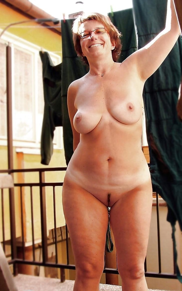 Beautiful naked mature men-4880
