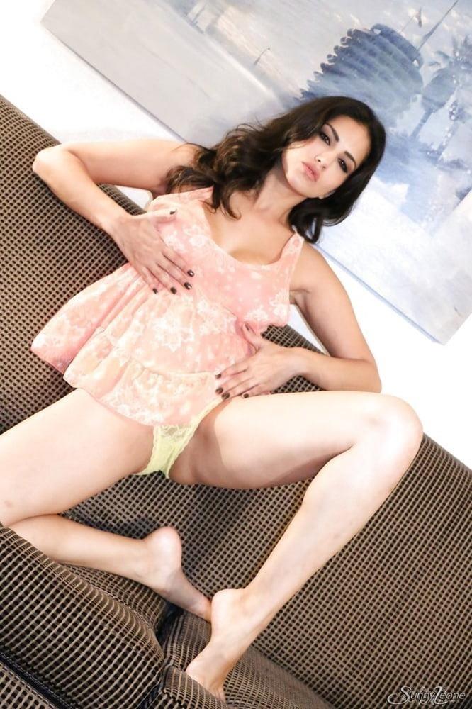 Sunny leone sext-4576
