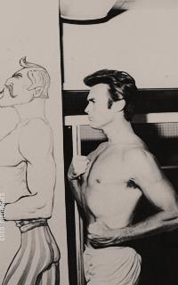 Clint Eastwood VH11V5T0_o