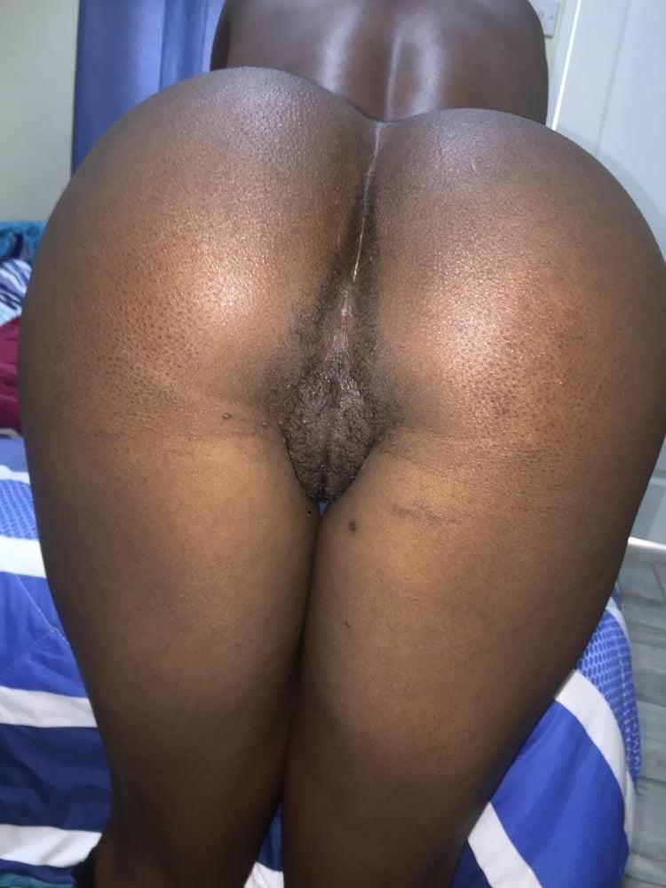 Eating big black booty-4012