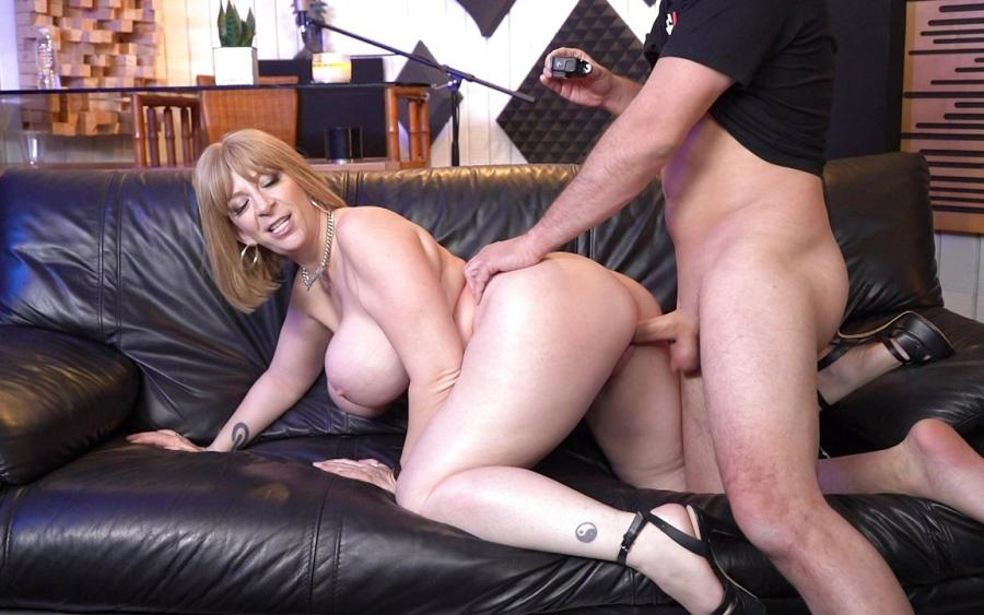 Sara Jay – Sara Jay Gives Us An Exclusive Interview With Her Pussy – Bang! Surprise