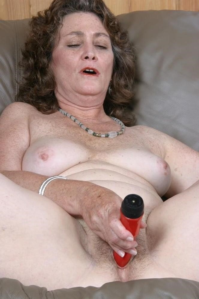 Licking her clit-4211