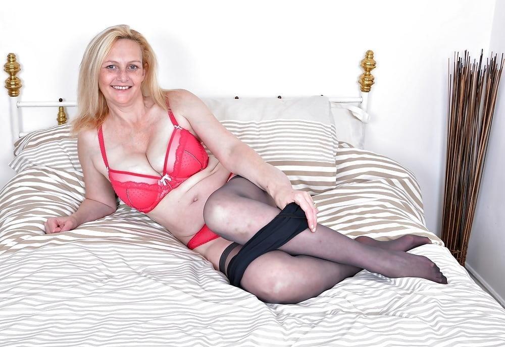 Milf big tits stocking-5567