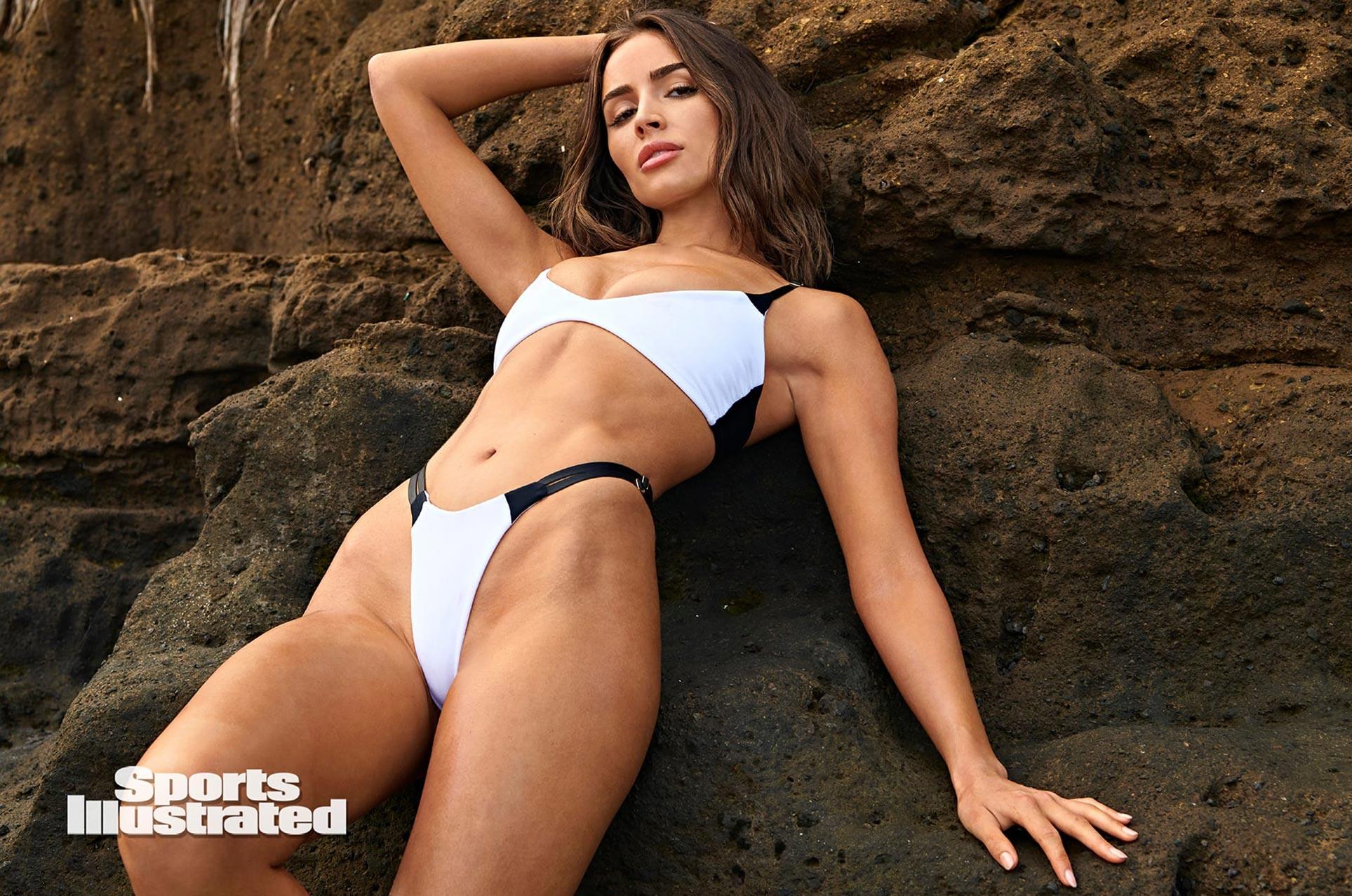 Оливия Калпо в каталоге купальников Sports Illustrated Swimsuit 2020 / фото 23