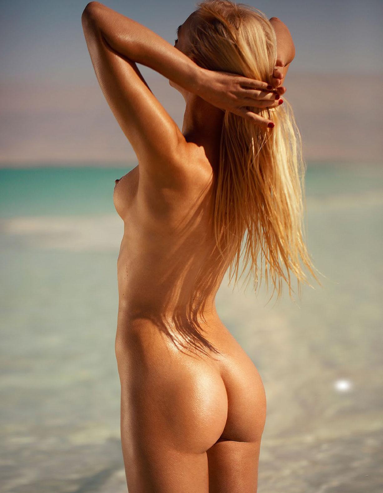 Даша Снежная в спецвыпуске журнала Playboy -Девушки летом- / фото 08