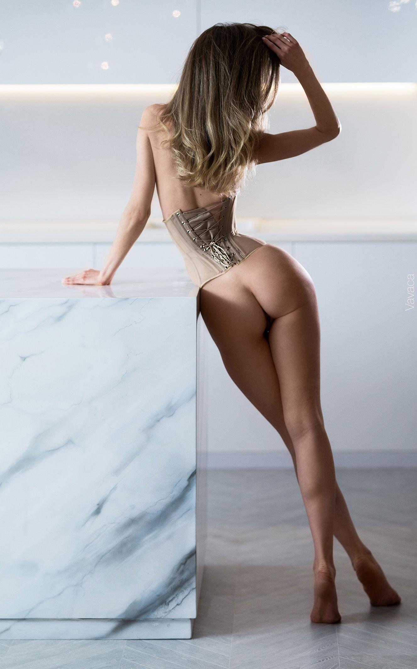 Сексуальная голая Анна Царалунга / фото 22