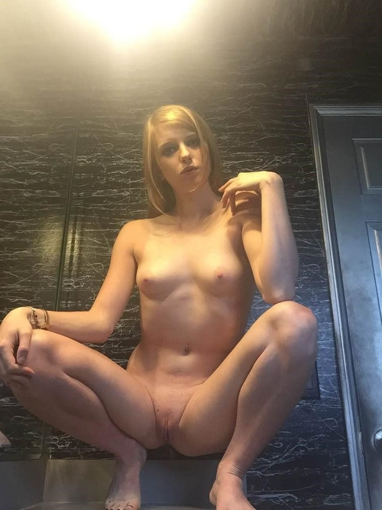 Skinny girl big butt porn-4484