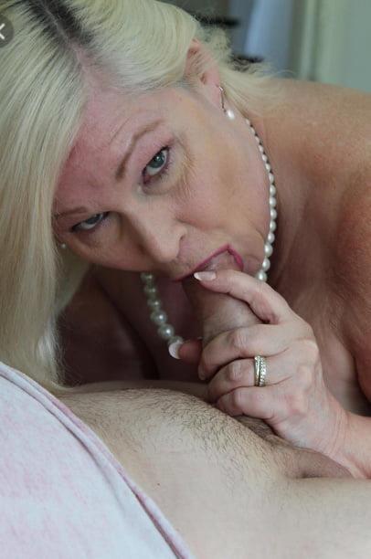 Blowjob granny pics-2341
