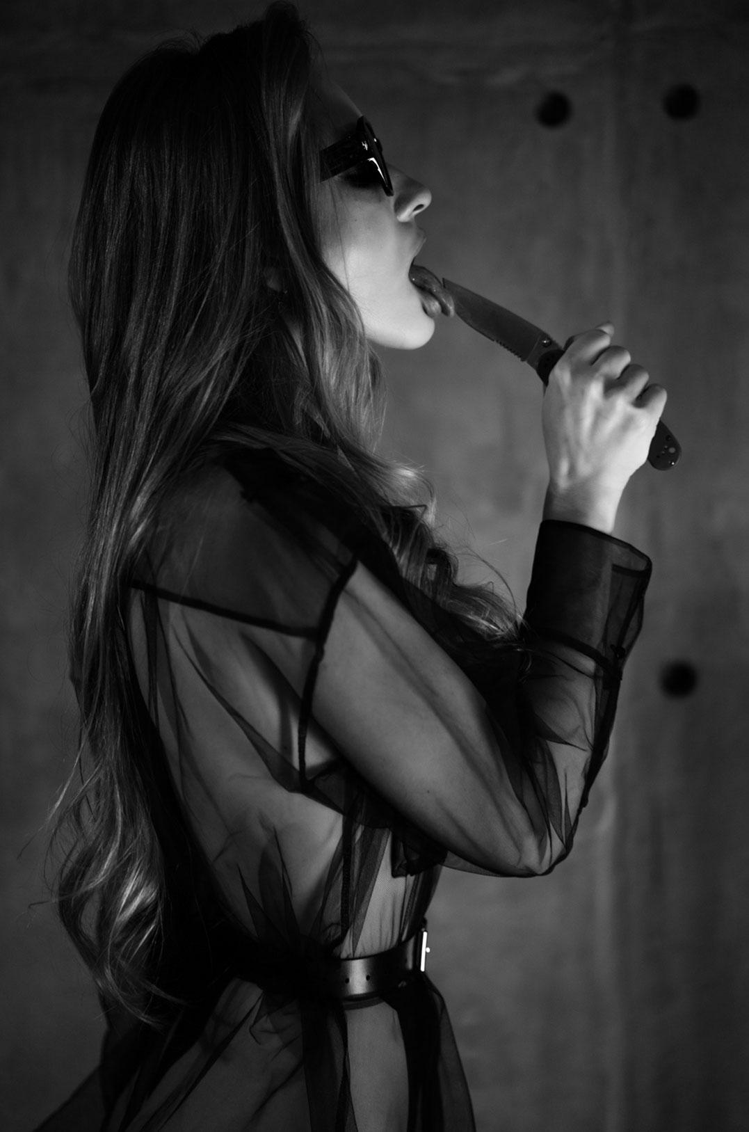 Сексуальный секретный агент во вражеском штабе / фото 03