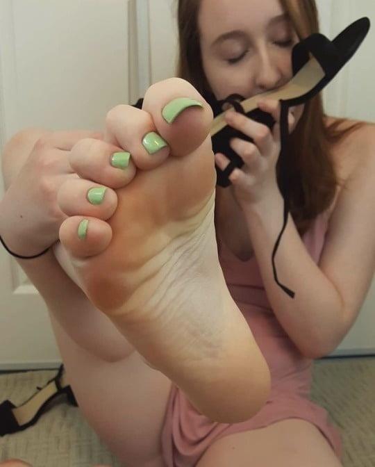 Shoe smell fetish-9239